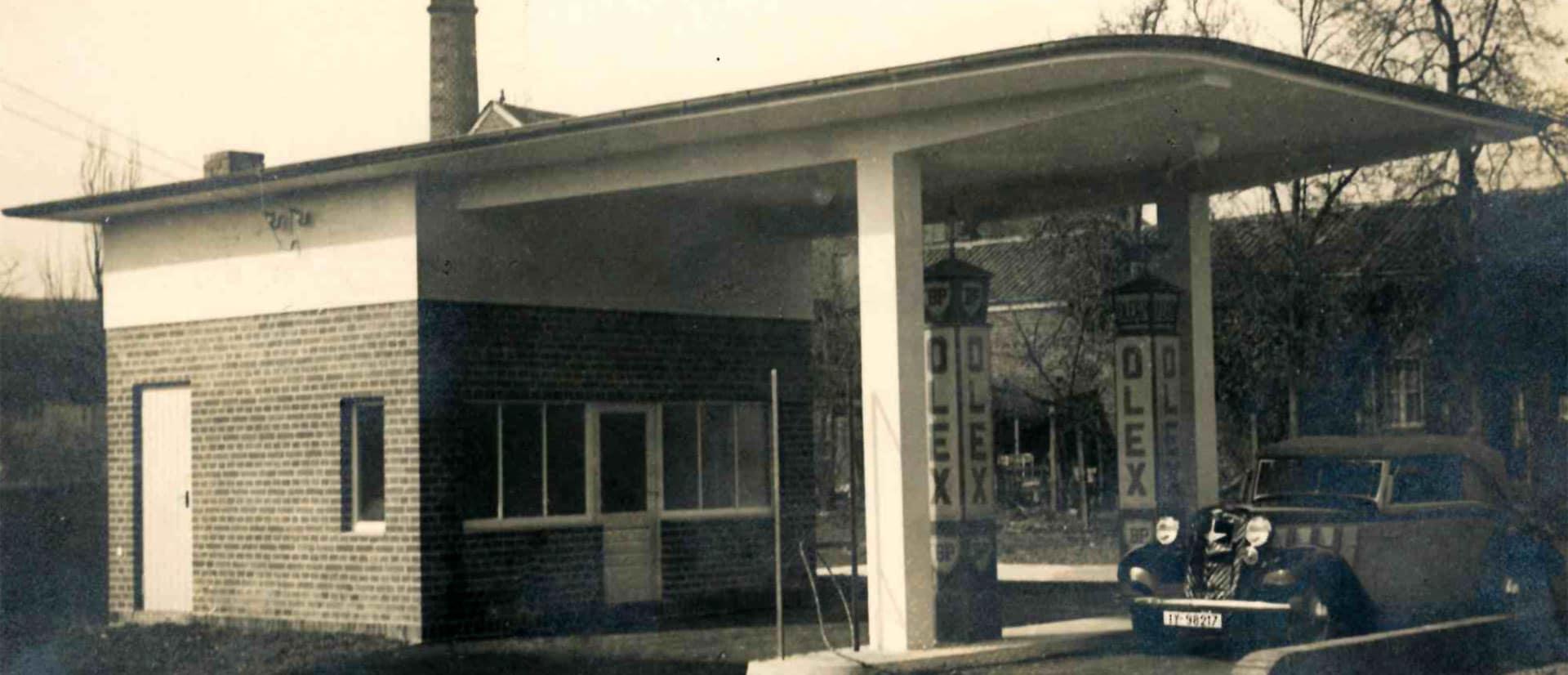 Abbildung alte Tankstelle