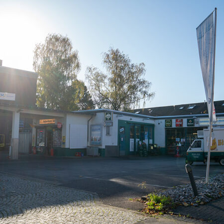 Abbildung Kiosk Vorplatz Getränke Mevissen